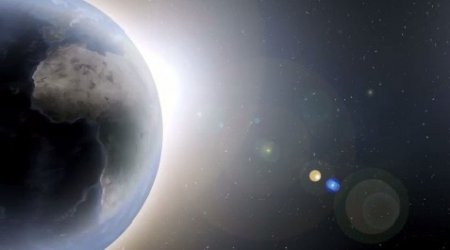 دانلود فوتیج ویدیویی چرخیدن زمین