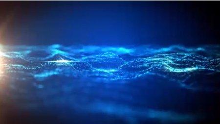 دانلود فوتیج درخشش نور در امواج اقیانوس