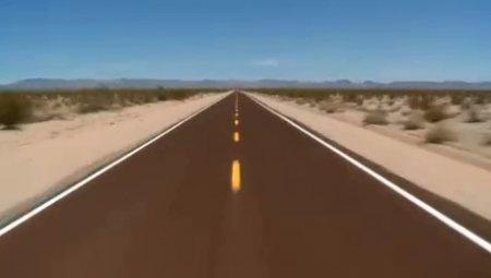 دانلود فوتیج رانندگی در جاده بیابانی با سرعت بالا